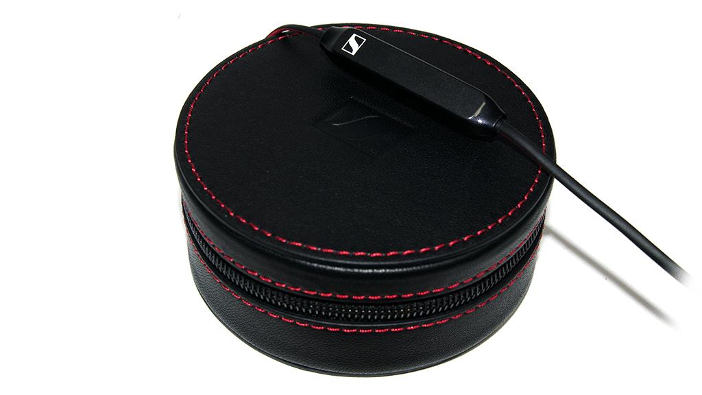 Sennheiser momentum earphones with box
