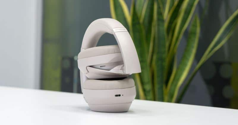 Sony WH1000XM3 Wireless headphones ease of use