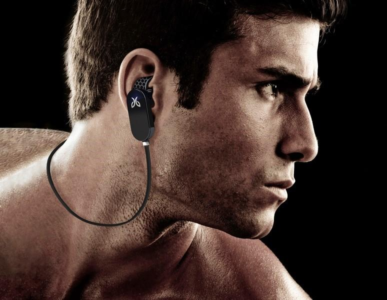 What are the most important characteristics of sports headphones
