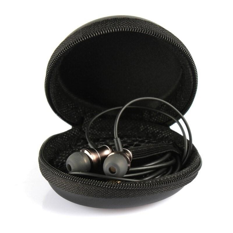 How to stop constantly buying new headphones: breakage protection and care rules