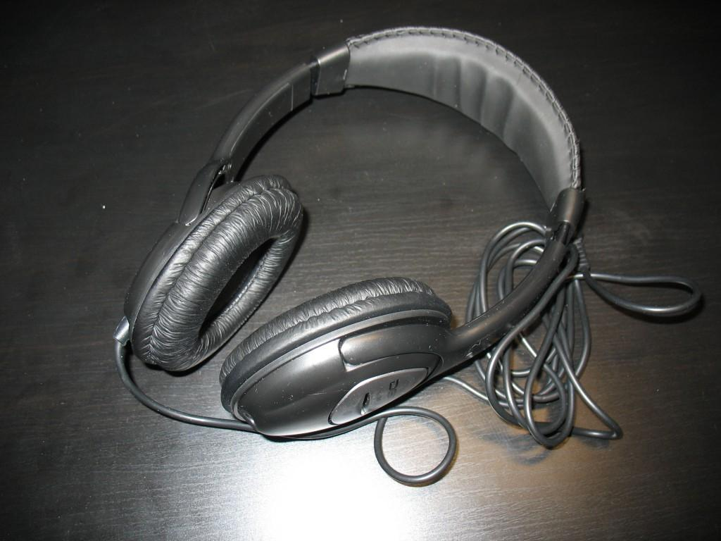 What exactly breaks in the headphones and can they be repaired