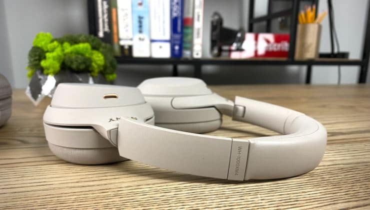 Complete Review Of Sony WH-1000XM4 Wireless Headphones